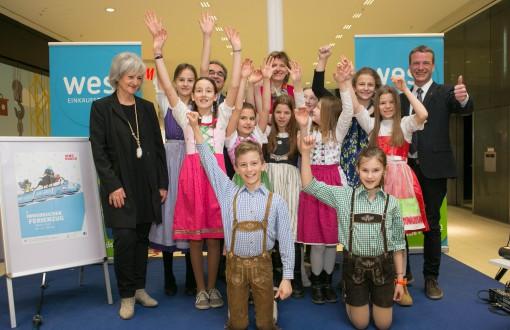 Großes Familienfest im west: Startschuss für den Semester-Ferienzug 2016